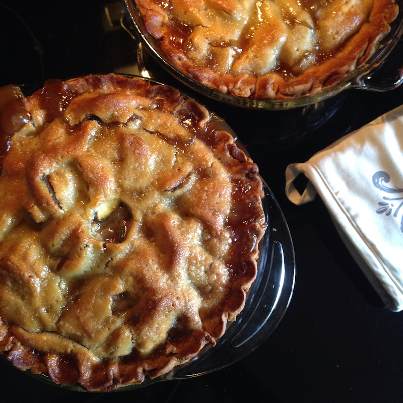 recipe: zucchini apple pie. [2]